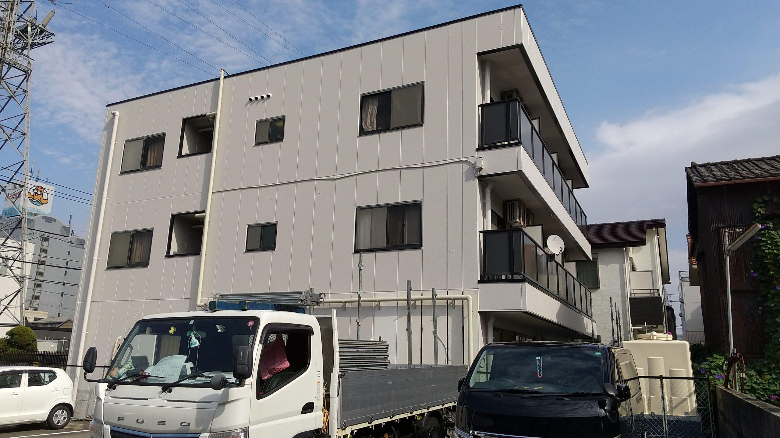 南区3階建てマンション